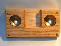 iPhone4 oak resonator front