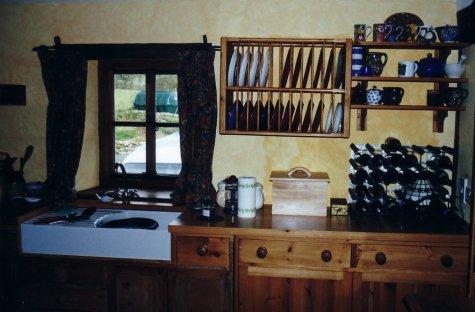 oak kitchen cabinetry
