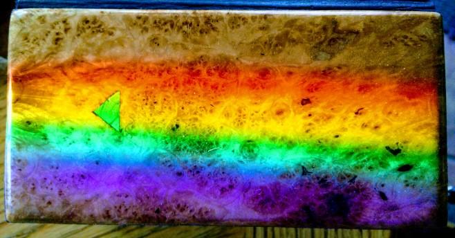 Trunky 2 oak burl prism