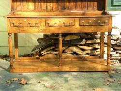 Traditional Welsh Dresser, Base