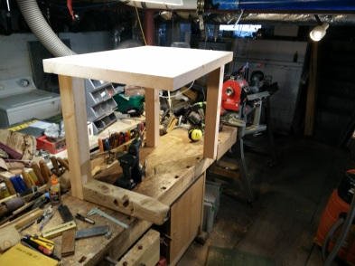 Horizontal Leg Table build