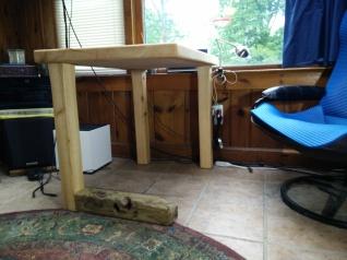 Horizontal Leg Table in situ side