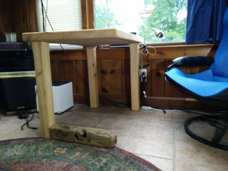 Horizontal Leg Table in situ side